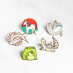 No MOQ China factory manufacturer wholesaler for custom soft hard enamel metal pin badge