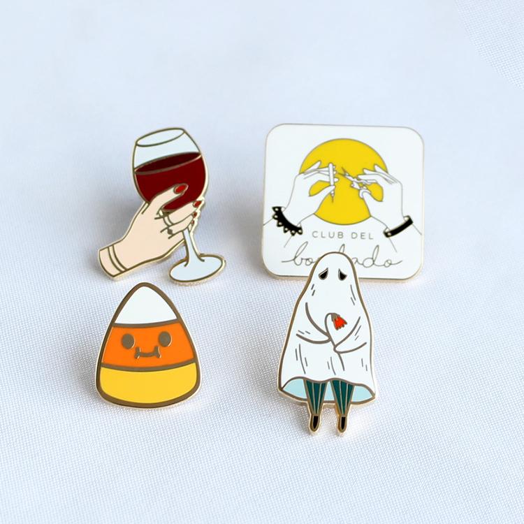 China factory for custom soft hard enamel metal pin badge Featured Image