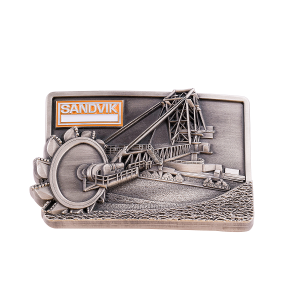 Antique silver 3D belt buckle