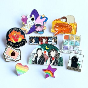 Hot Sales Cartoon Lovely Pin China Factory Epoxy Enamel Pin OEM Personalized Hard Soft Enamel Custom Metal Logo Lapel Pins