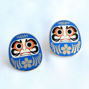 Original design Chinese style traditional pattern lapel pins Kunshan China manufacturing custom lapel pin backing cards